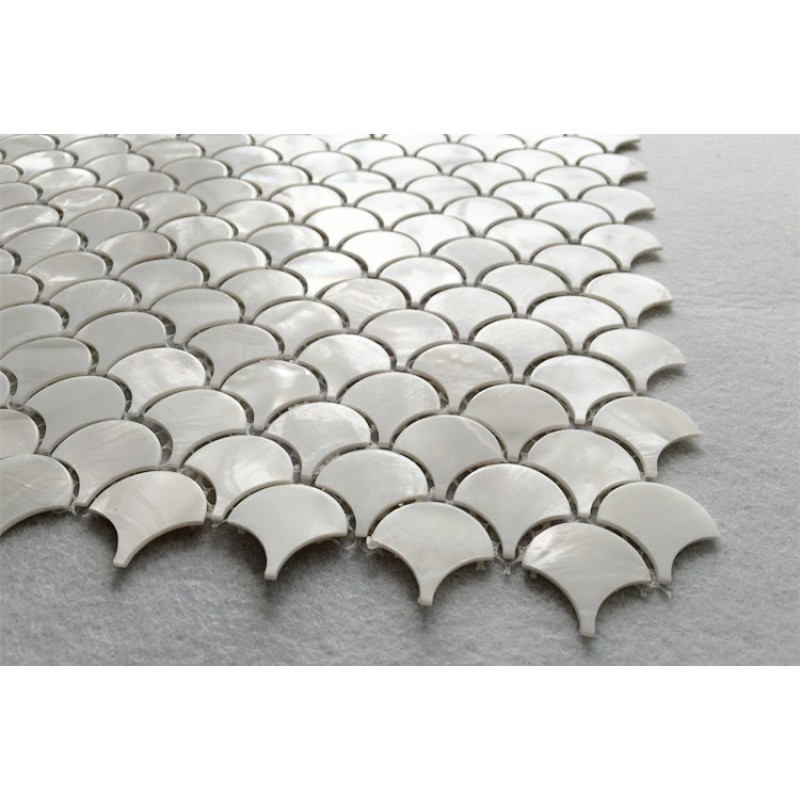 Off white shell tile backsplash mother of pearl mosaic for Fish scale tiles bathroom