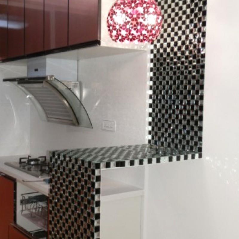 Black and white mosaic bathroom floor tiles pyramid 3d glass ...