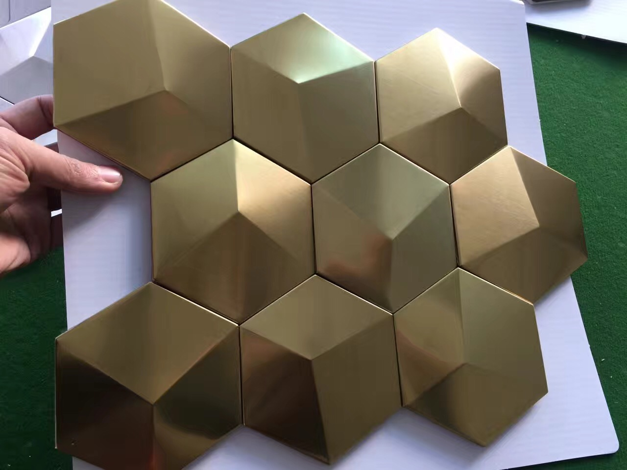 Gold Metal Mosaic Tile Stainless Steel Tile pyramid